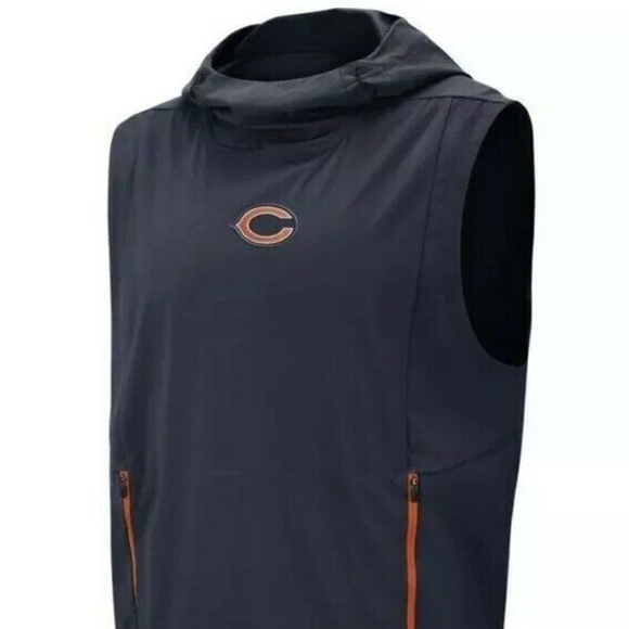 finest selection d2b1f 7942d Nike Men NFL Chicago Bears Shield Fly Rush Hoodie NWT